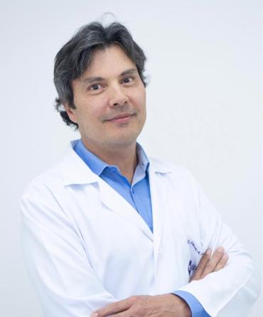 Dr. Flávio A. De Andradee
