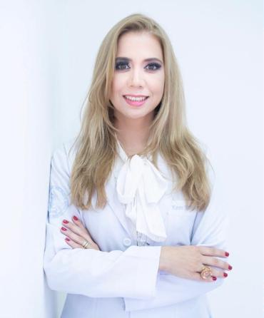 Dra. Karen Karina Gusmão de souzaa